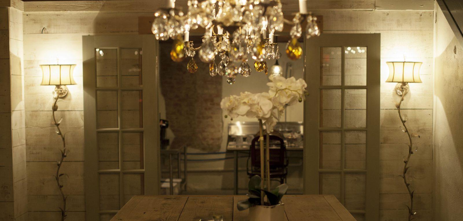Chandelier Room – Navasota, Texas